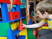 Конструктор детский напольный пустотелый из дерева ДОМ РАДОСТИ - 390 элементов