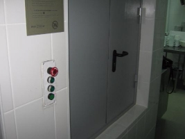 Малый грузовой подъемник (лифт)