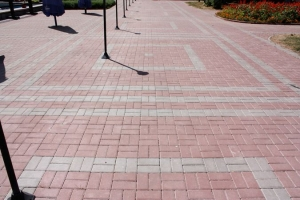 Сколько стоит работа по укладке тротуарной плитки