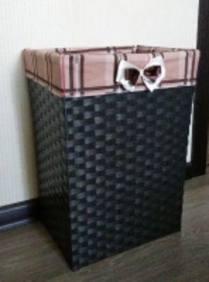 Оригинальные плетеные корзины для белья/игрушек.