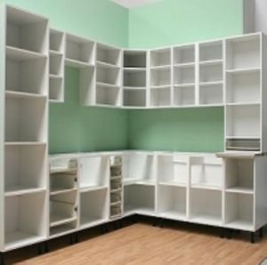 Кухонные корпуса (кухонные гарнитуры)