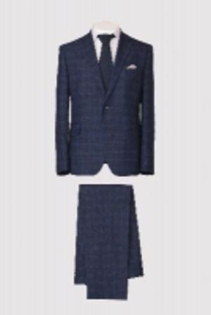 Мужской классический приталенныйм костюм