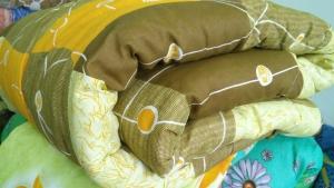 Одеяло ватное/синтепоновое 1,5 сп 140х205 в микрофибре