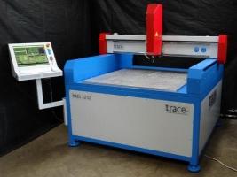 Отечественный фрезерный станок Trace Magic с ЧПУ  для скоростной обработки стали, высокоточный.