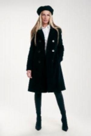 Пальто женское зимнее DOROTEYA