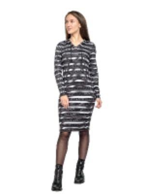 Платье молодёжное с капюшоном из вязаного трикотажа