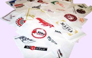 Салфетка бумажная с логотипом