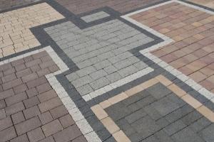 Стоимость укладки тротуарной плитки под ключ