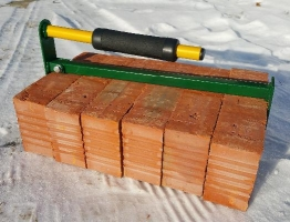 Удобная переноска для кирпичей и бетонных блоков. Модель ПК 3.001.01.
