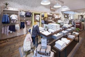 Подборка идей интерьеров детских магазинов одежды. Ч.1